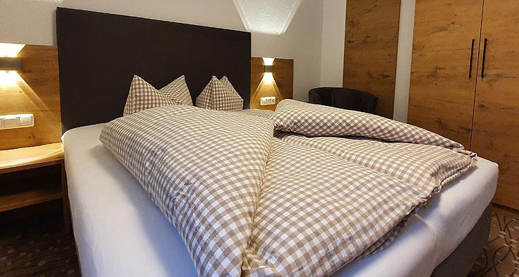 Appartements Ferienwohnungen Und Zimmer Im Appartementhaus Vorstatt In Fiss Am Sonneplateau Appartement 12